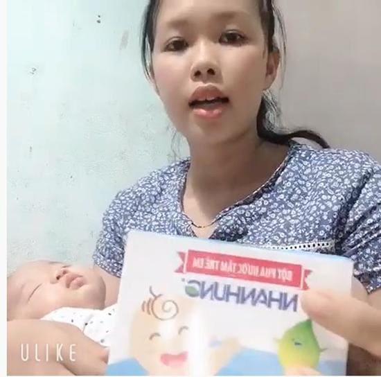 Mẹ Quảng Nam chỉ dùng cách này con hết ngay chàm sữa